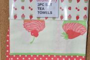Strawberry Tea Towel Set
